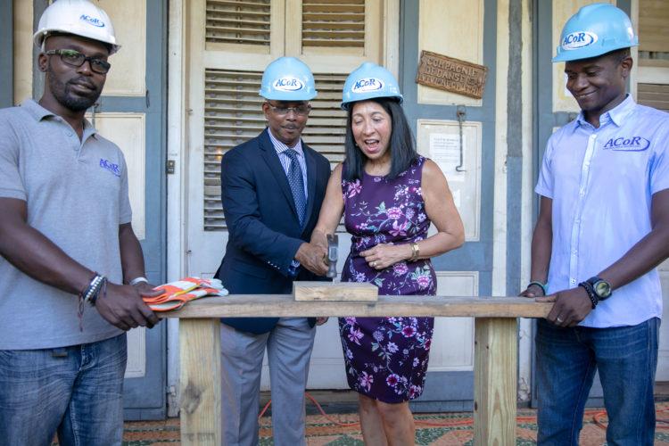 le d partement d etat subventionne la r novation de la maison gauthier ambassade des etats. Black Bedroom Furniture Sets. Home Design Ideas